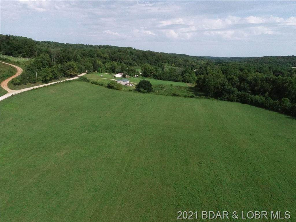 Farm for Sale at 207 Blue Springs Drive Eldon, Missouri 65026 United States