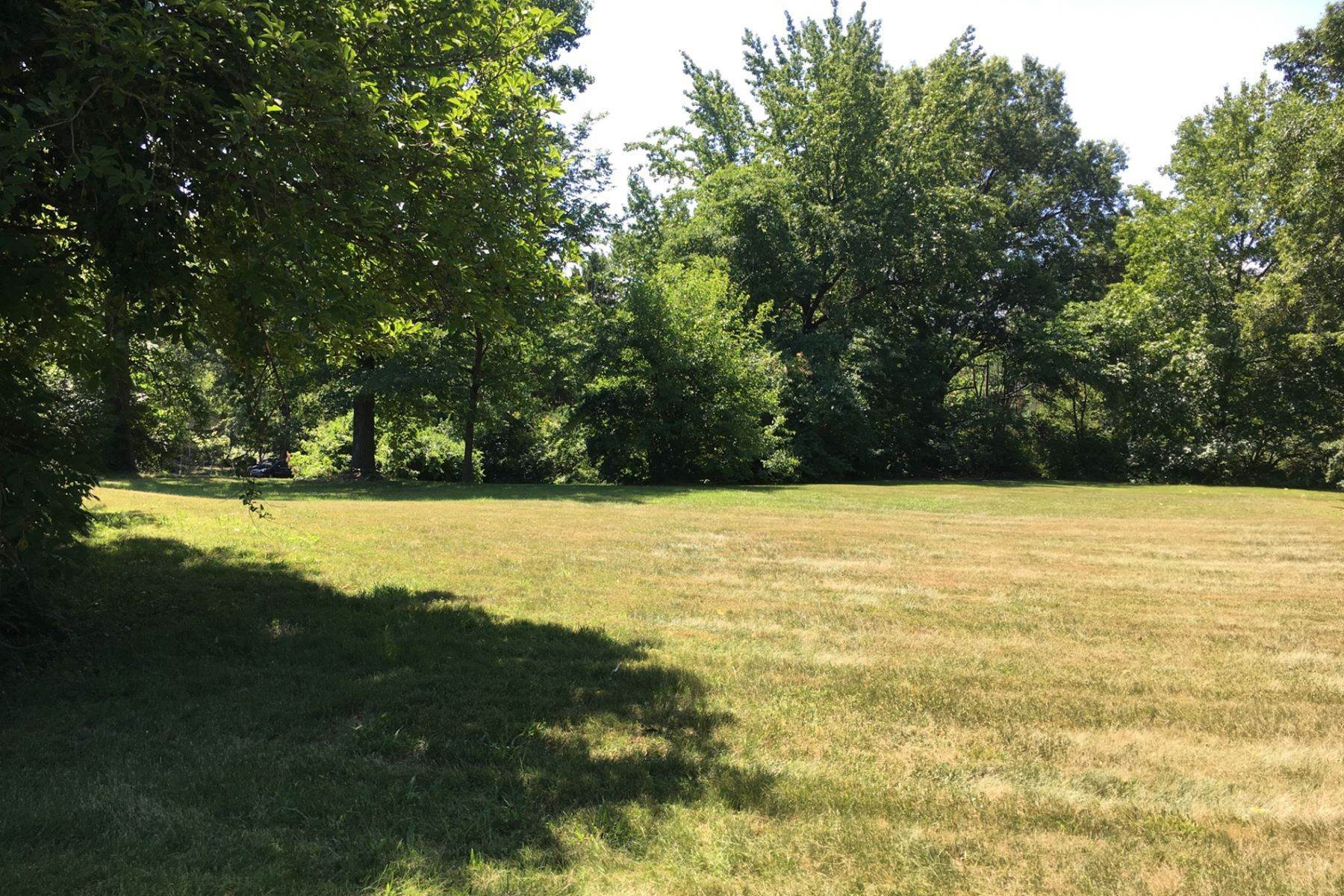 3. Land for Sale at 18 Sona Lane Creve Coeur, Missouri 63141 United States