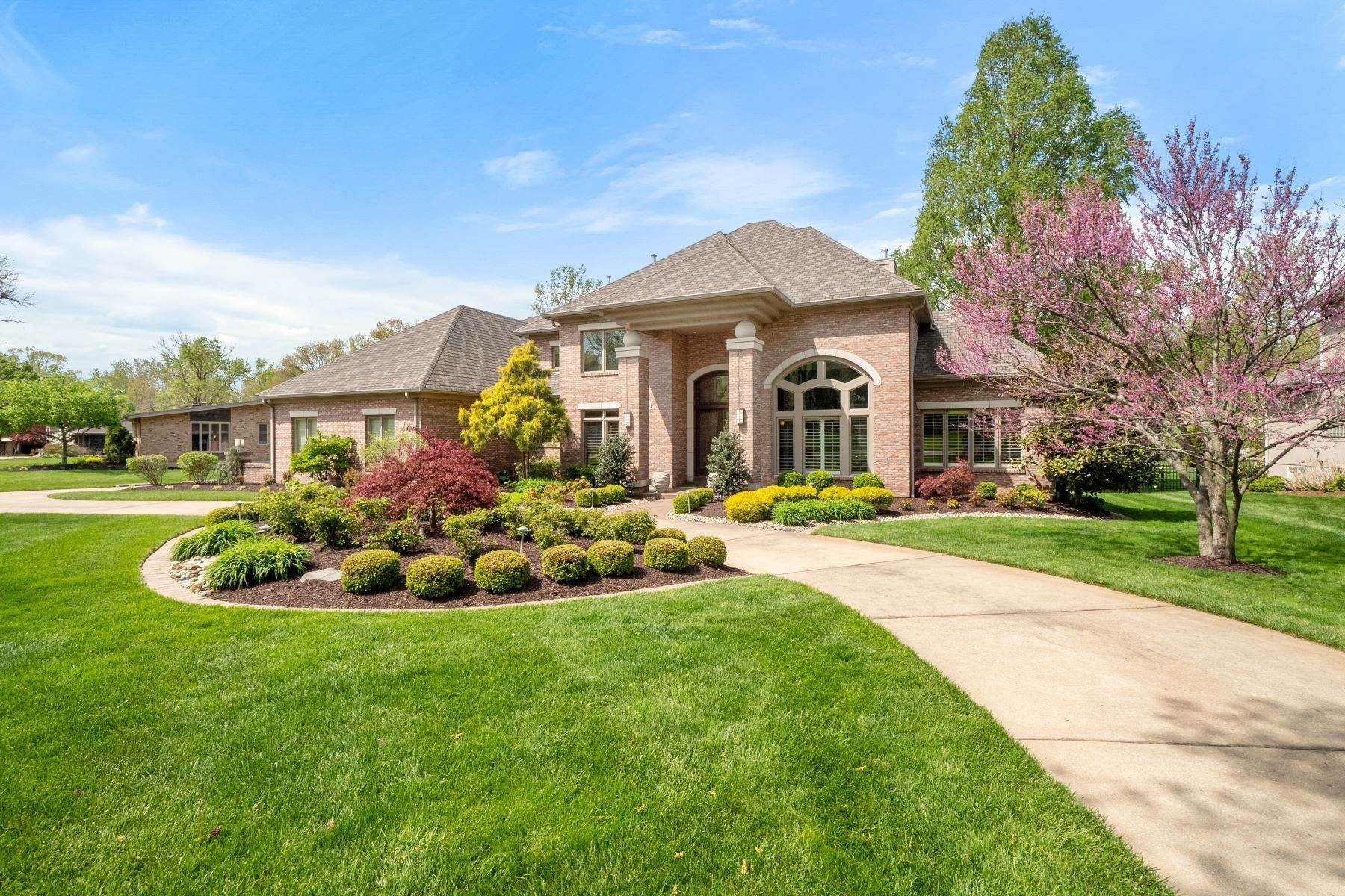 Property for Sale at Pristine Custom Home in Ladue Schools 1 West Windrush Creek Creve Coeur, Missouri 63141 United States