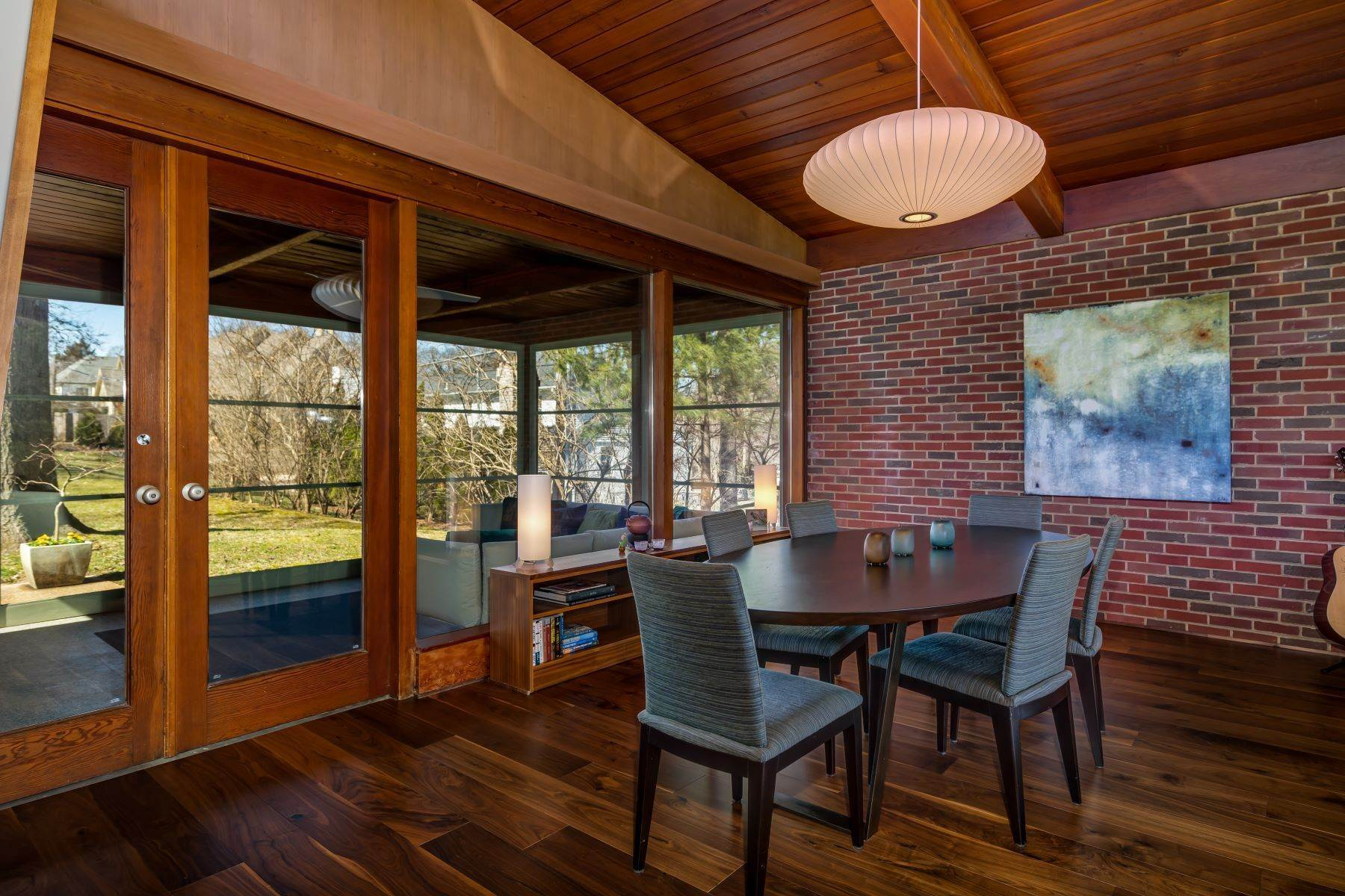 7. Single Family Homes for Sale at The Harry Hammerman House, an Important Mid-Century Masterpiece 219 Graybridge Road St. Louis, Missouri 63124 United States