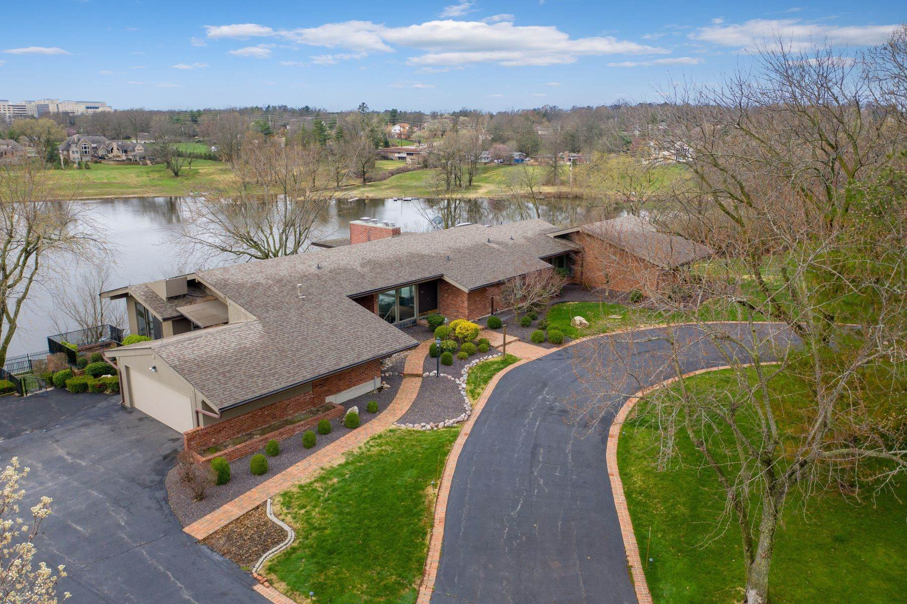 Property for Sale at Sensational Mid-Century Lakefront Home 11622 Ladue Road Creve Coeur, Missouri 63141 United States