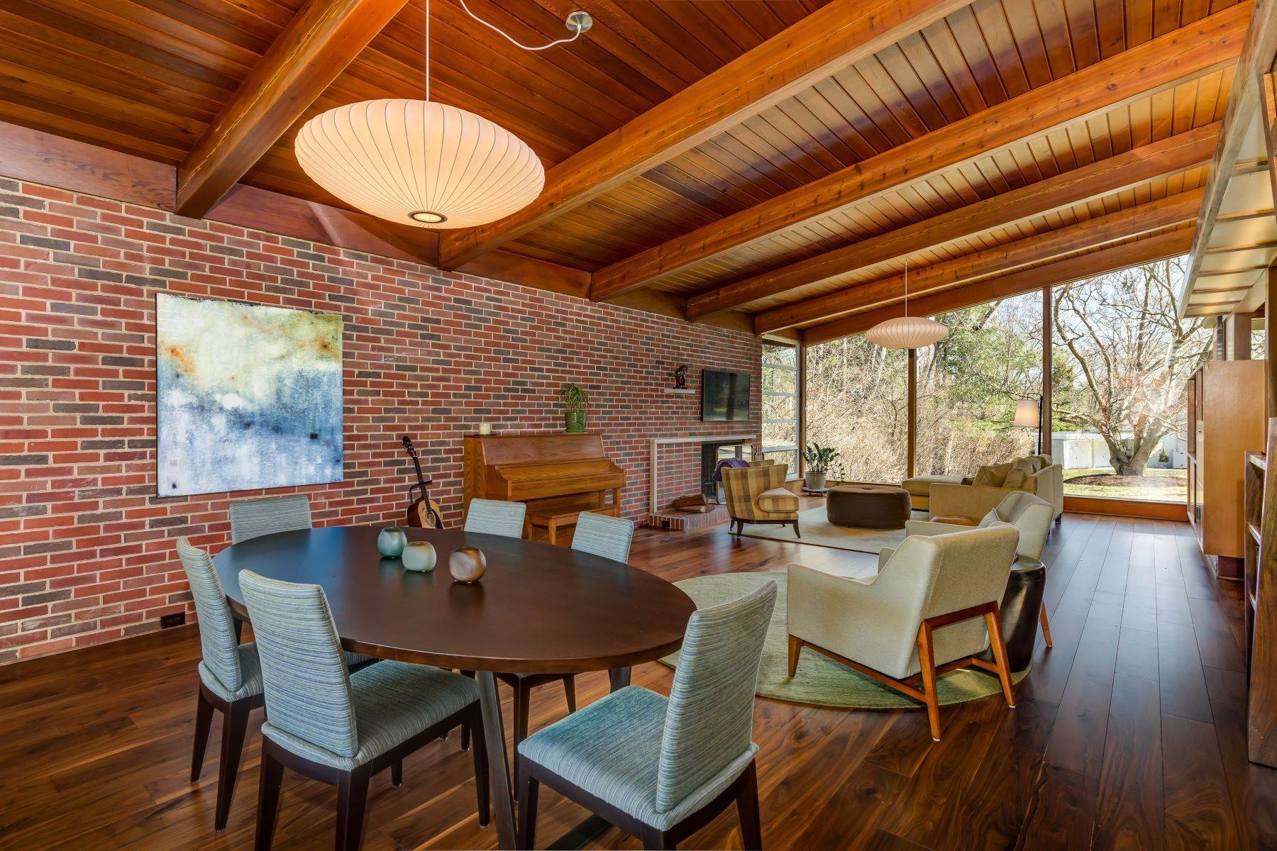 8. Single Family Homes for Sale at The Harry Hammerman House, an Important Mid-Century Masterpiece 219 Graybridge Road St. Louis, Missouri 63124 United States