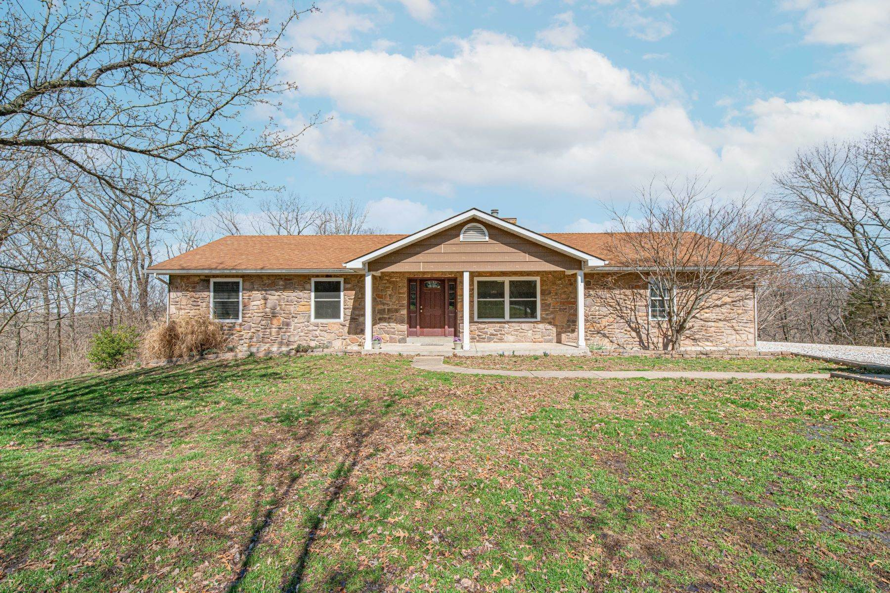 Single Family Homes for Sale at Beautiful ranch home situated on over 3 and a half acres 3289 Dean Lane O Fallon, Missouri 63366 United States