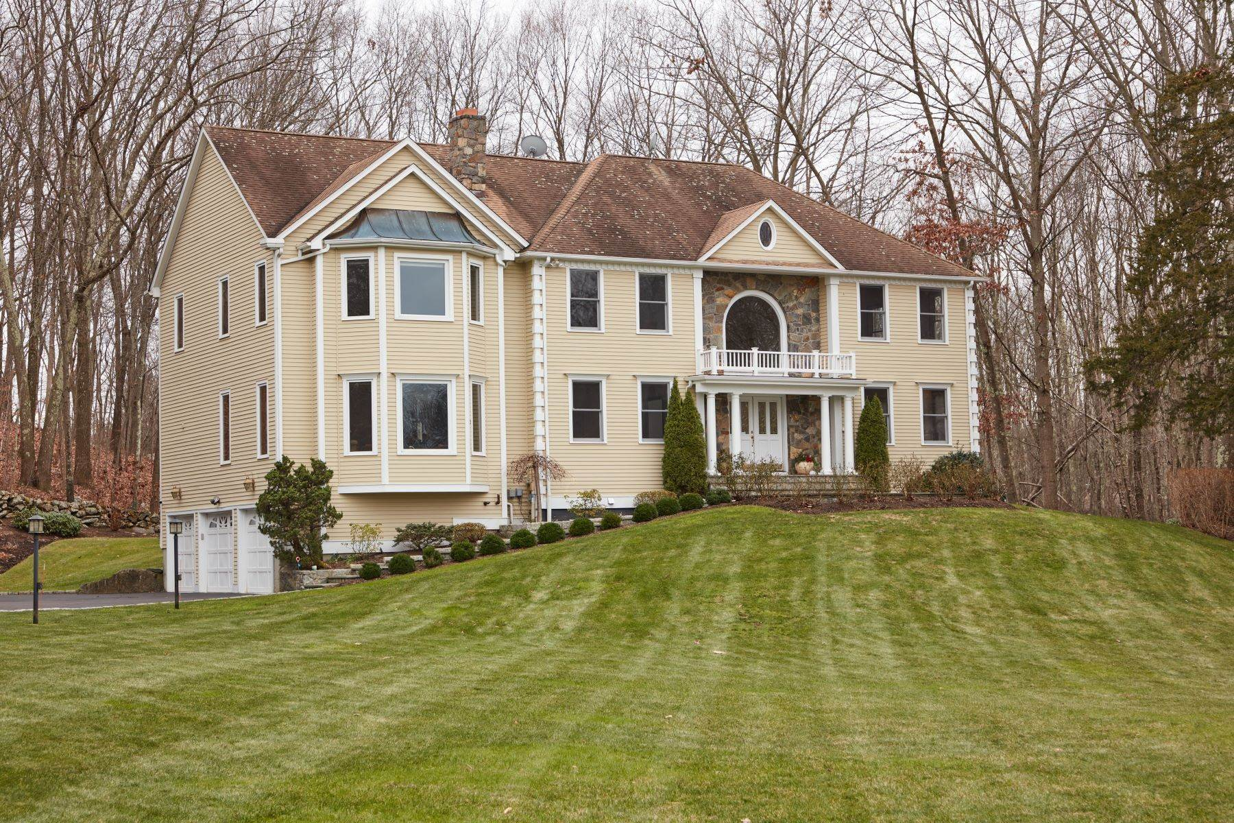 Single Family Homes for Sale at Expansive Waterfront Colonial 2 May Court Monroe, Connecticut 06468 United States