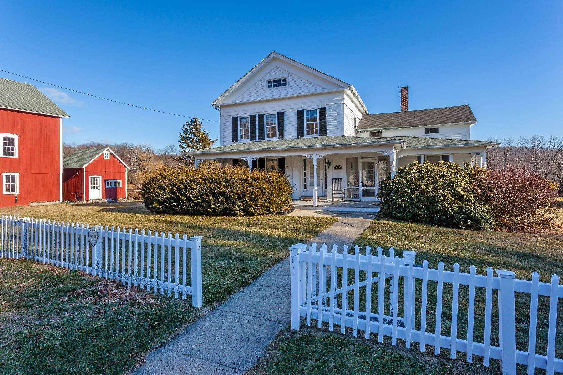 Single Family Homes for Sale at 1851 Historic Colonial 163 Lake Road Warren, Connecticut 06754 United States